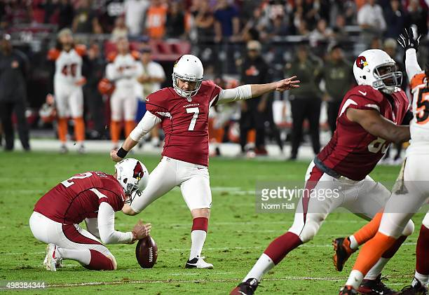 Kicker Chandler Catanzaro of the Arizona Cardinals kicks the game winning field goal at the end of the NFL game against the Cincinnati Bengals at...