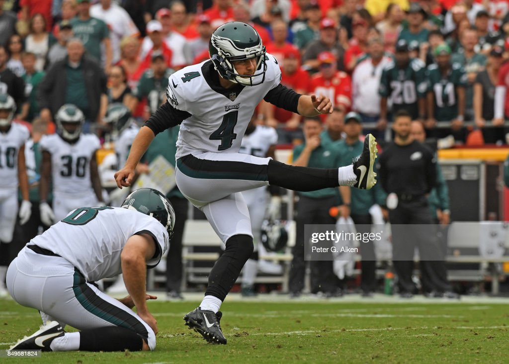Kicker Jake Elliott #4 of the Philadelphia Eagles kicks a field goal against the Kansas City Chiefs during the first half on September 17, 2017 at Arrowhead Stadium in Kansas City, Missouri.