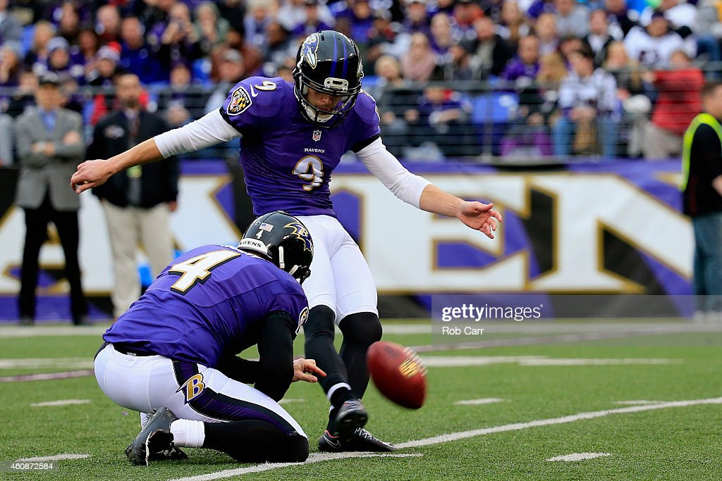 Kicker <a gi-track='captionPersonalityLinkClicked' href=/galleries/search?phrase=Justin+Tucker+-+American+Football+Player&family=editorial&specificpeople=9756367 ng-click='$event.stopPropagation()'>Justin Tucker</a> #9 of the Baltimore Ravens kicks a second quarter field goal against the Cleveland Browns at M&T Bank Stadium on December 28, 2014 in Baltimore, Maryland.