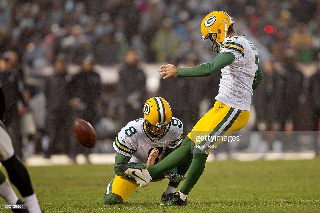 Green Bay Packers v Oakland Raiders