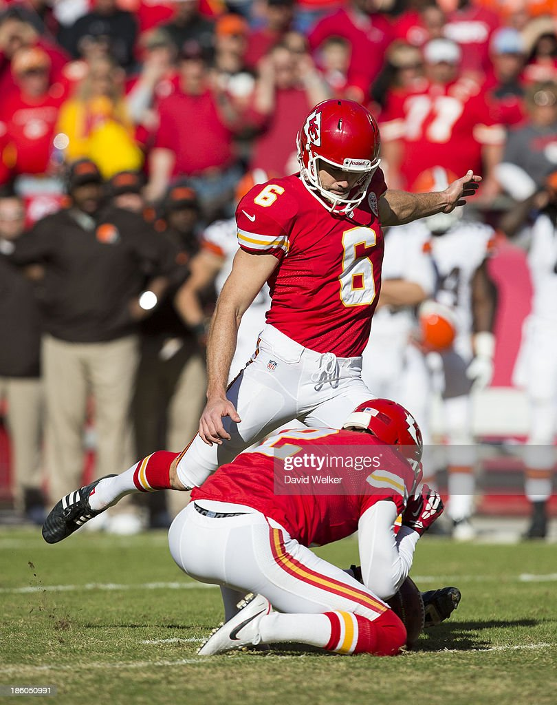 Kicker <a gi-track='captionPersonalityLinkClicked' href=/galleries/search?phrase=Ryan+Succop&family=editorial&specificpeople=4032420 ng-click='$event.stopPropagation()'>Ryan Succop</a> #6 of the Kansas City Chiefs kicks a field goal during the game against the Cleveland Browns at Arrowhead Stadium on October 27, 2013 in Kansas City, Missouri.