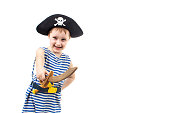 an image of kid in pirate costume