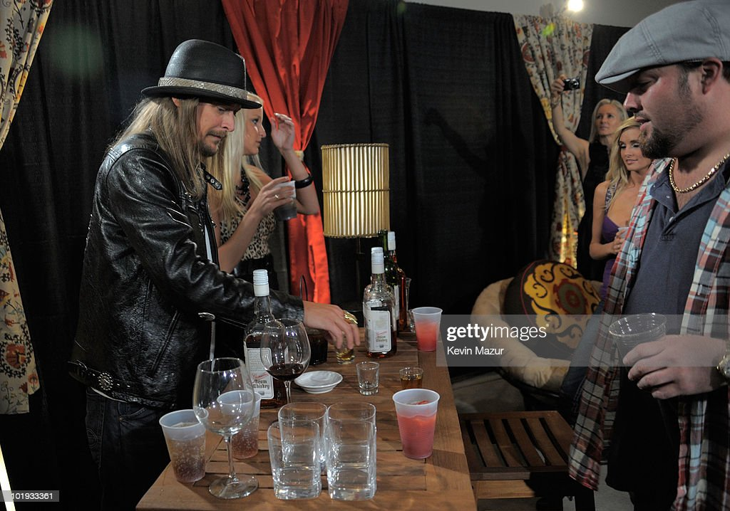 Kid Rock and Uncle Kracker attend the 2010 CMT Music Awards at the Bridgestone Arena on June 9 2010 in Nashville Tennessee