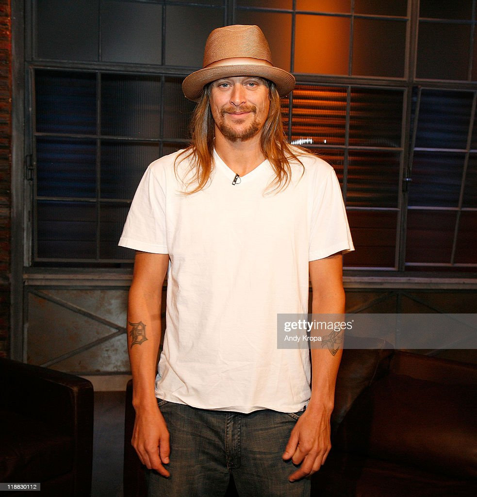 <a gi-track='captionPersonalityLinkClicked' href=/galleries/search?phrase=Kid+Rock&family=editorial&specificpeople=171123 ng-click='$event.stopPropagation()'>Kid Rock</a> visits Fuse Studios on July 11, 2011 in New York City.