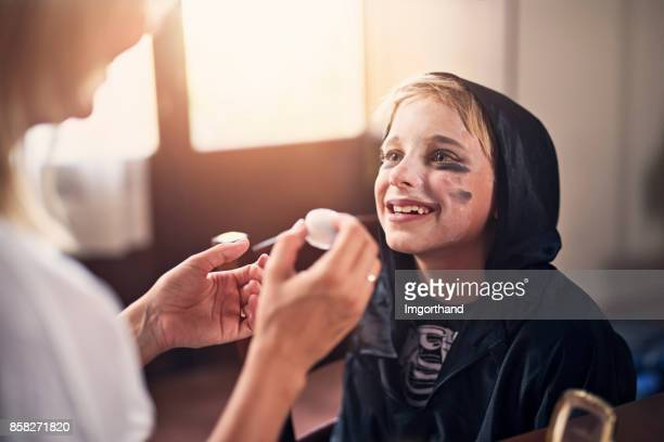 Kids dressing up for halloween