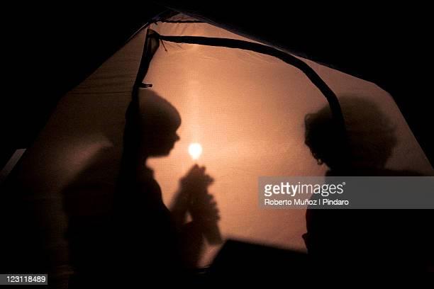 kids inside tent