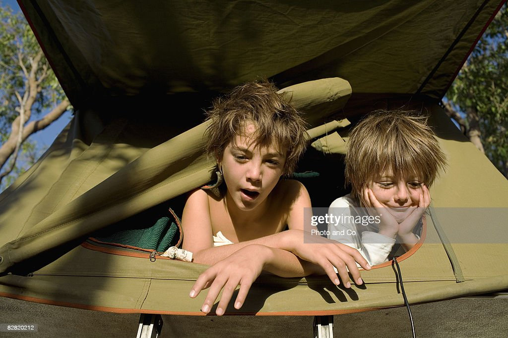 kids wake-up : Stock Photo