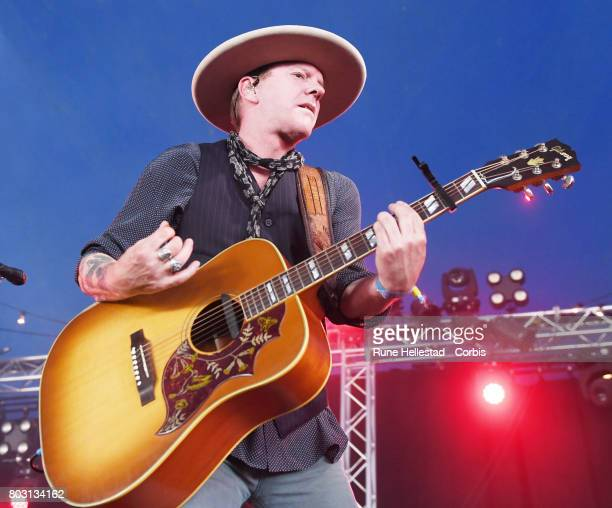 Kiefer Sutherland performs on day 4 of the Glastonbury Festival 2017 at Worthy Farm Pilton on June 25 2017 in Glastonbury England
