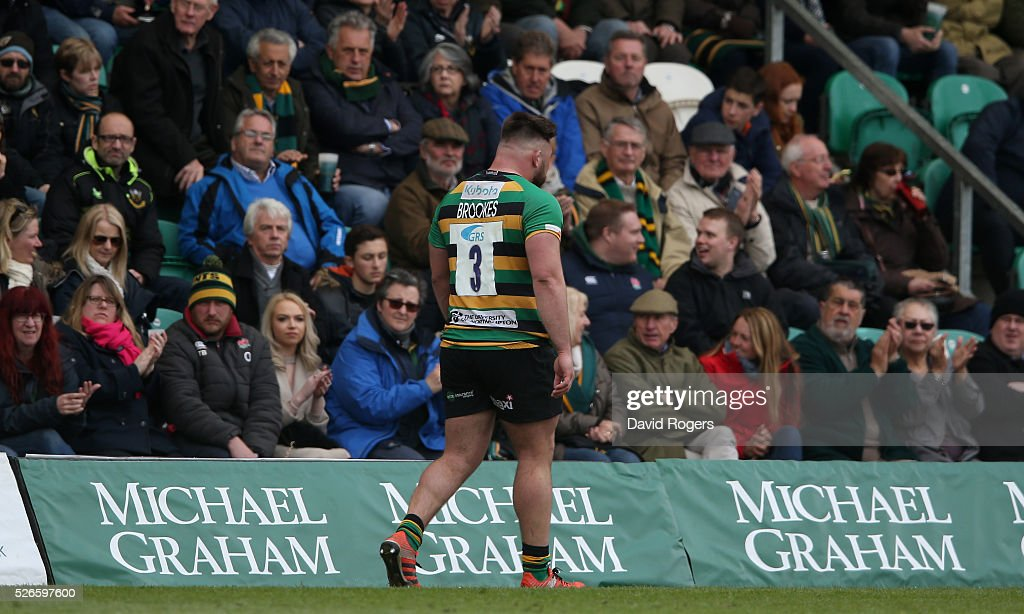 <a gi-track='captionPersonalityLinkClicked' href=/galleries/search?phrase=Kieran+Brookes&family=editorial&specificpeople=6139892 ng-click='$event.stopPropagation()'>Kieran Brookes</a> of Northampton is replaced during the Aviva Premiership match between Northampton Saints and Bath at Franklin's Gardens on April 30, 2016 in Northampton, England.