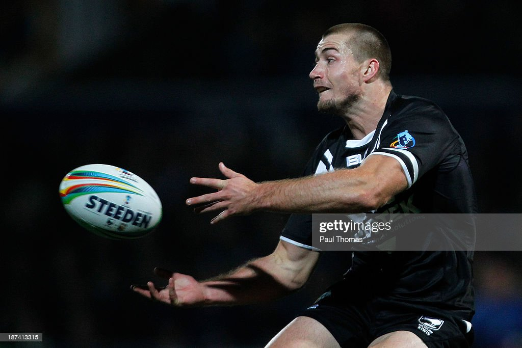 Kieran Foran of New Zealand in action during the Rugby League World Cup Group B match at Headingley Stadium on November 8, 2013 in Leeds, England.