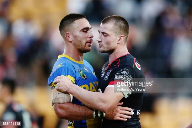 Kieran Foran of the Warriors is congratulated by Corey Norman of the Eels after the round six NRL match between the New Zealand Warriors and the...