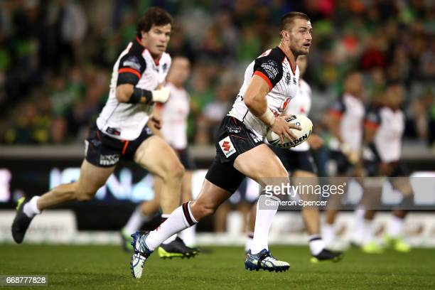 Kieran Foran of the Warriors runs the ball during the round seven NRL match between the Canberra Raiders and the New Zealand Warriors at GIO Stadium...