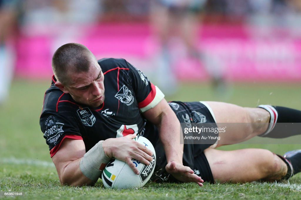 Kieran Foran of the Warriors scores a try during the round five NRL match between the New Zealand Warriors and the Gold Coast Titans at Mt Smart Stadium on April 2, 2017 in Auckland, New Zealand.
