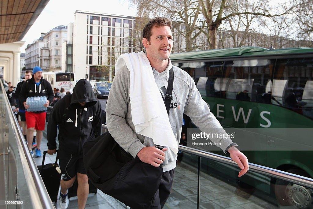 Kieran Read of the All Blacks arrives for a recovery session at the Imperial College on November 26, 2012 in London, England.
