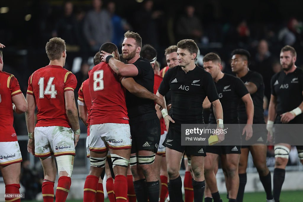 <a gi-track='captionPersonalityLinkClicked' href=/galleries/search?phrase=Kieran+Read&family=editorial&specificpeople=789465 ng-click='$event.stopPropagation()'>Kieran Read</a> of the All Blacks greets <a gi-track='captionPersonalityLinkClicked' href=/galleries/search?phrase=Taulupe+Faletau&family=editorial&specificpeople=12444794 ng-click='$event.stopPropagation()'>Taulupe Faletau</a> of Wales following the International Test match between the New Zealand All Blacks and Wales at Forsyth Barr Stadium on June 25, 2016 in Dunedin, New Zealand.