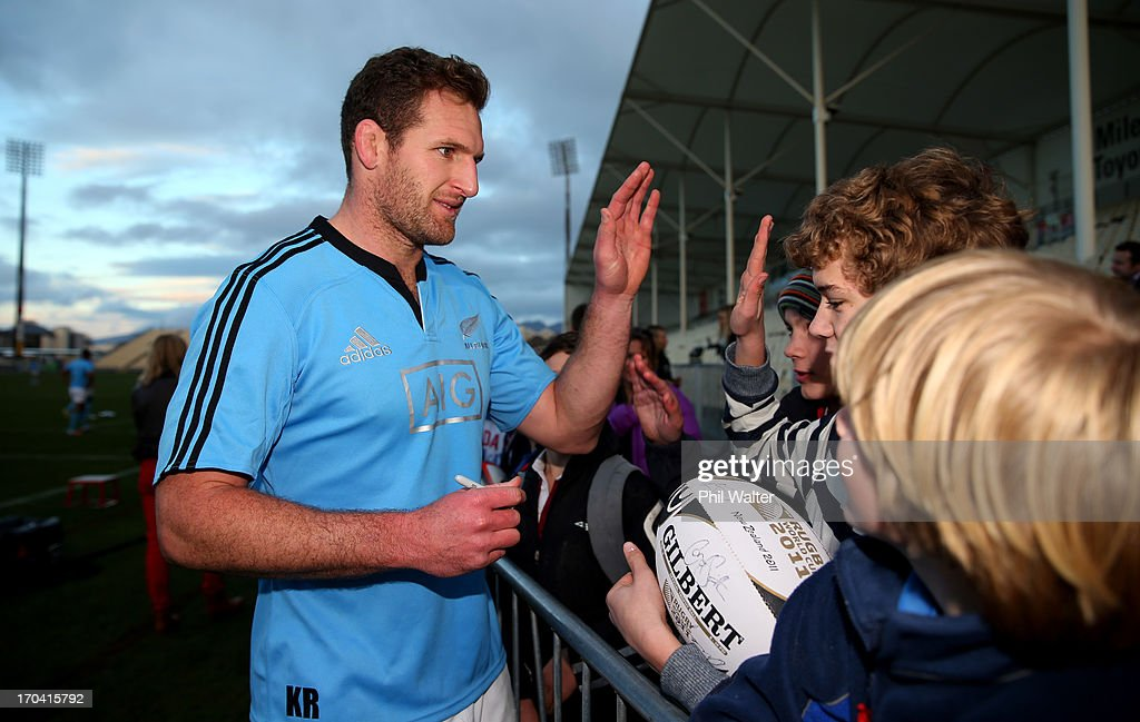 <a gi-track='captionPersonalityLinkClicked' href=/galleries/search?phrase=Kieran+Read&family=editorial&specificpeople=789465 ng-click='$event.stopPropagation()'>Kieran Read</a> of the All Blacks meets fans following a New Zealand All Blacks training session at AMI Stadium on June 13, 2013 in Christchurch, New Zealand.