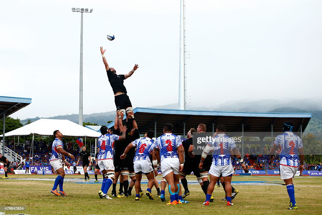 Kieran Read of the All Blacks takes the ball in the lineout during the International Test match between Samoa and the New Zealand All Blacks at Apia...