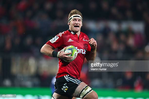 Kieran Read of the Crusaders makes a break during the round 16 Super Rugby match between the Crusaders and the Western Force at AMI Stadium on May 30...