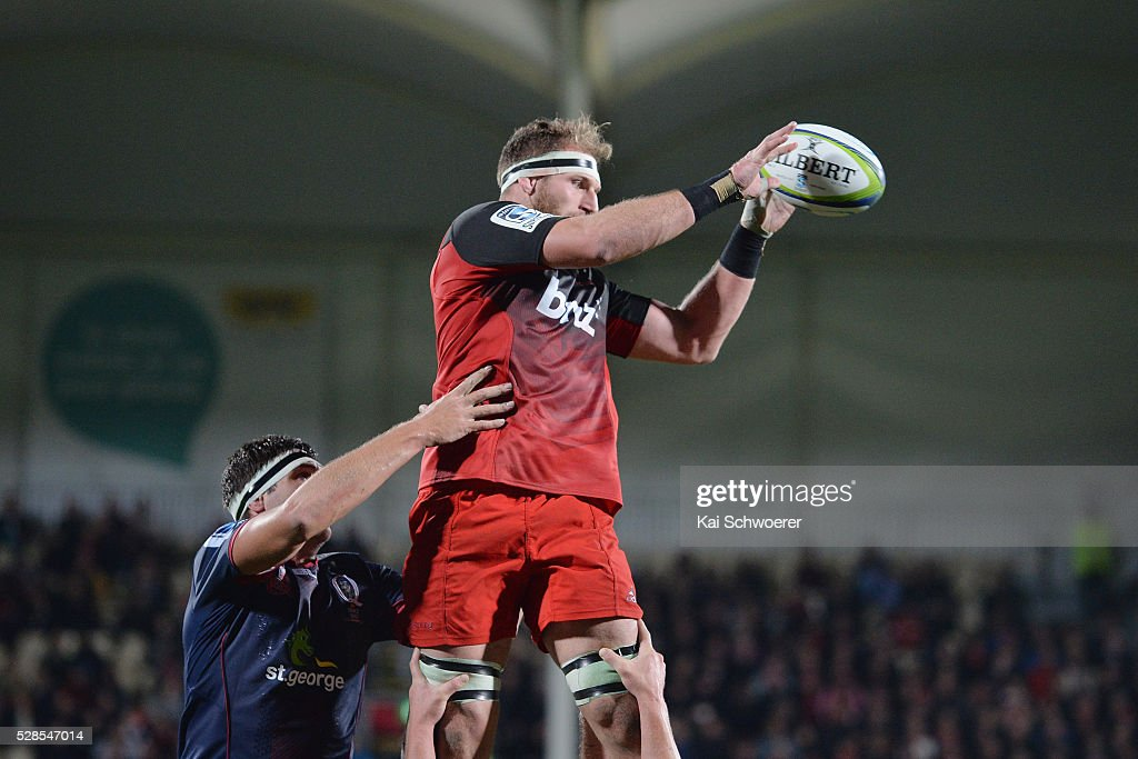 Kieran Read of the Crusaders wins a lineout during the round 11 Super Rugby match between the Crusaders and the Reds at AMI Stadium on May 6, 2016 in Christchurch, New Zealand.