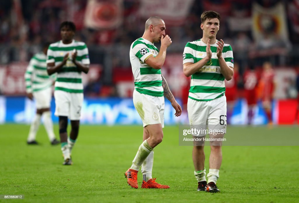 Kieran Tierney of Celtic shows appreciation to the fans after the UEFA Champions League group B match between Bayern Muenchen and Celtic FC at Allianz Arena on October 18, 2017 in Munich, Germany.