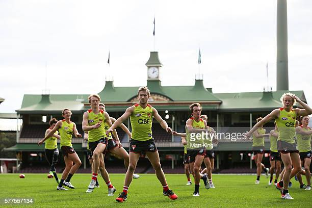 Kieren Jack of the Swans warms up during a Sydney Swans AFL training session at Sydney Cricket Ground on July 19 2016 in Sydney Australia