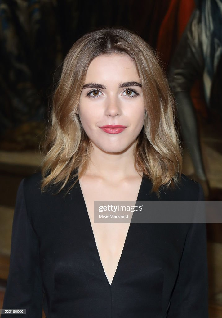 <a gi-track='captionPersonalityLinkClicked' href=/galleries/search?phrase=Kiernan+Shipka&family=editorial&specificpeople=5535048 ng-click='$event.stopPropagation()'>Kiernan Shipka</a> attends as Christian Dior showcases its spring summer 2017 cruise collection at Blenheim Palace on May 31, 2016 in Woodstock, England.