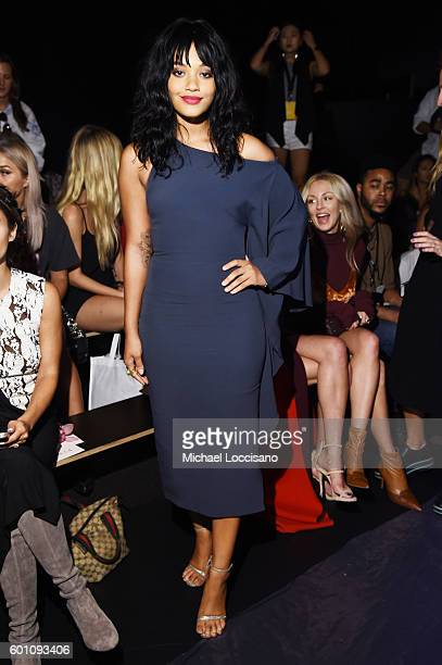 Kiersey Clemons attends the Cushnie Et Ochs fashion show during New York Fashion Week The Shows at The Dock Skylight at Moynihan Station on September...