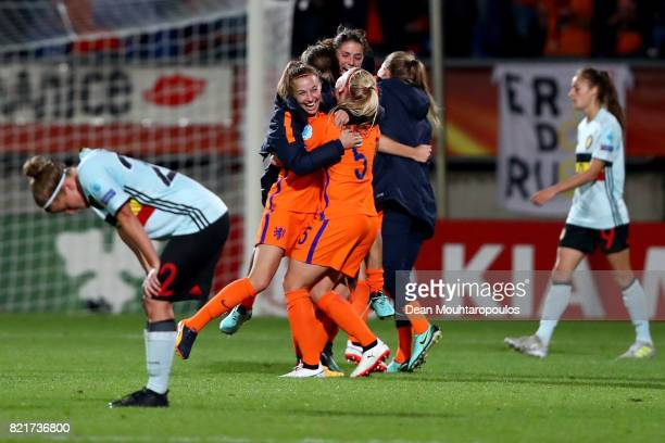 Kika van Es of Netherlands celebrate victory over Norway after the Group A match between Belgium and Netherlands during the UEFA Women's Euro 2017 at...