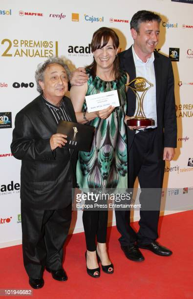 Kike Carabias Blanca Portillo and Ramon Aranguena attend the 'Spanish Academy Television Awards 2010' at Teatros del Canal on June 9 2010 in Madrid...