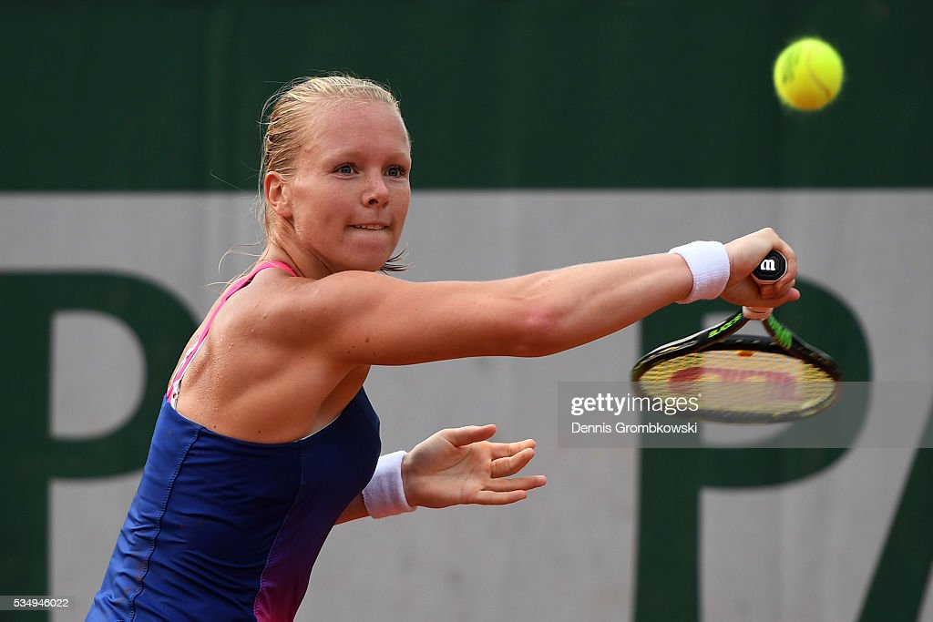<a gi-track='captionPersonalityLinkClicked' href=/galleries/search?phrase=Kiki+Bertens&family=editorial&specificpeople=7945371 ng-click='$event.stopPropagation()'>Kiki Bertens</a> of Netherlands hits a backhand during the Ladies Singles third round match against Daria Kasatkina of Russia on day seven of the 2016 French Open at Roland Garros on May 28, 2016 in Paris, France.