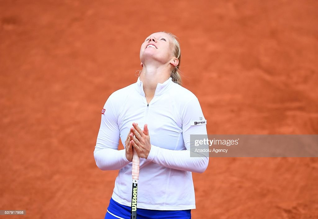 roland single bbw women French open 2017 women's final: ostapenko stuns halep to win title at slam singles title on saturday in the 2017 french open women's final at roland.