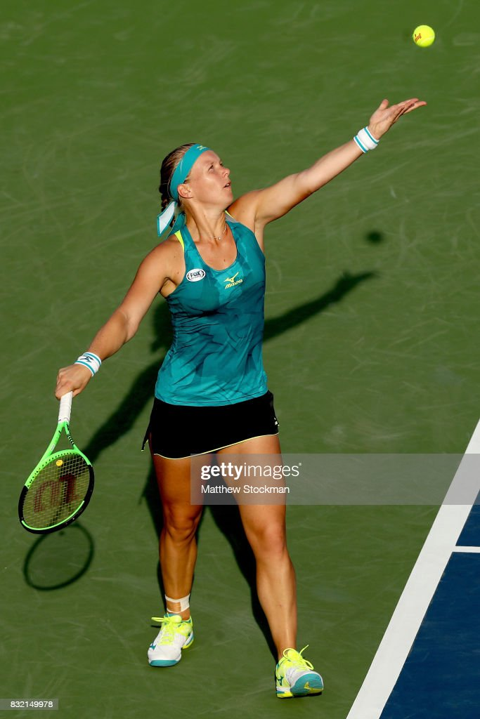 Kiki Bertens of Netherlands serves to Johanna Konta of Great Britain during day 4 of the Western & Southern Open at the Lindner Family Tennis Center on August 14, 2017 in Mason, Ohio.