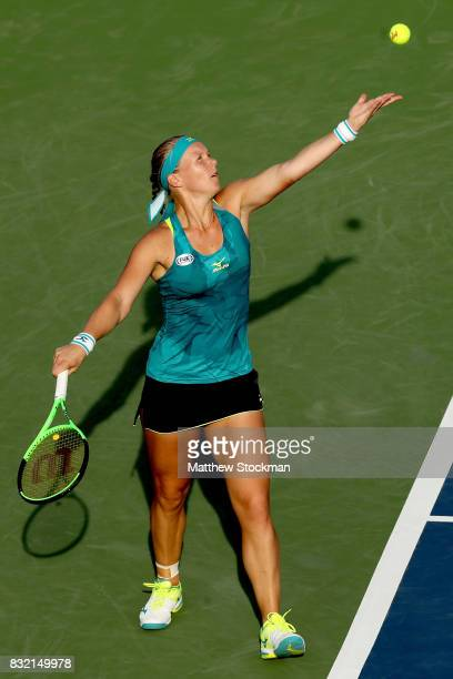 Kiki Bertens of Netherlands serves to Johanna Konta of Great Britain during day 4 of the Western Southern Open at the Lindner Family Tennis Center on...