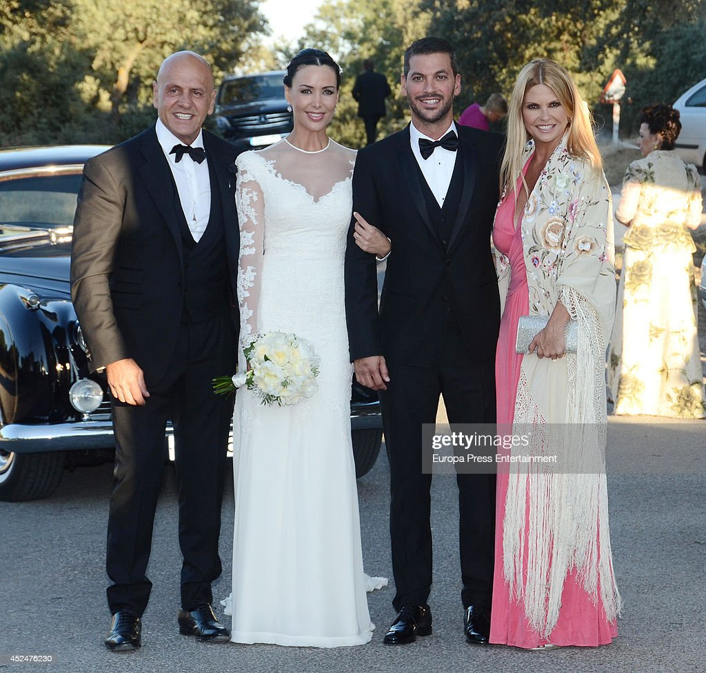 ¿Cuánto mide René Ramos? Kiko-matamoros-and-makoke-attend-the-wedding-of-real-madrid-football-picture-id452476230