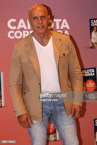 Kiko Matamoros attends the presentation of the book 'Tu Tambien Puedes' by Carlota Corredera