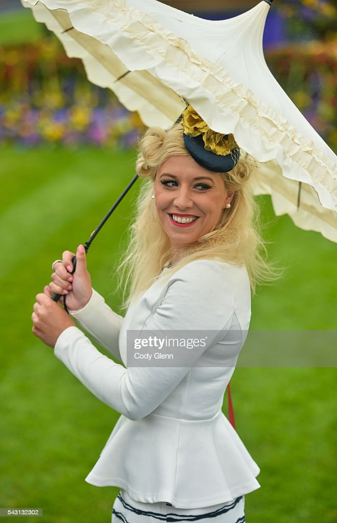 Kildare , Ireland - 26 June 2016; Dawn Leadon-Bolger, from Baltinglass, Co Wicklow, arrives at the Curragh Racecourse in the Curragh, Co. Kildare.