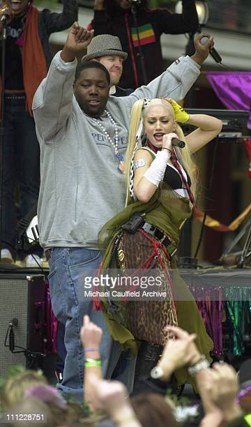 Killer Mike of OutKast and Gwen Stefani of No Doubt perform
