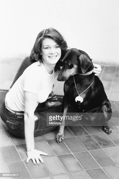 Killer's Moon photocall to promote new film London 15th November 1978 Pictured actress in film Lisa Vanderpump aged 17 with doberman pinscher and...