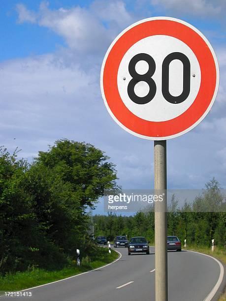 80 quilómetros apenas