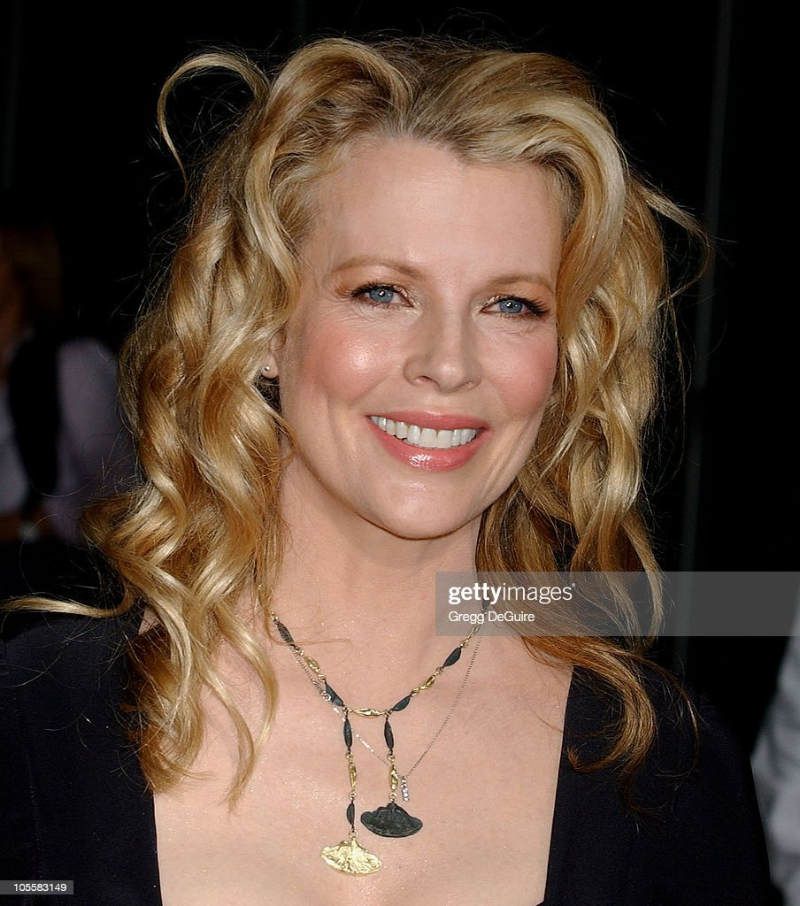 Kim Basinger during 'Cellular' Los Angeles Premiere - Arrivals at ...