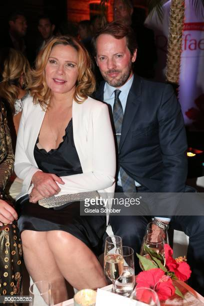 Kim Cattrall and her partner Russel Thomas during the Raffaello Summer Day 2017 to celebrate the 27th anniversary of Raffaello at 'Koenigliche...