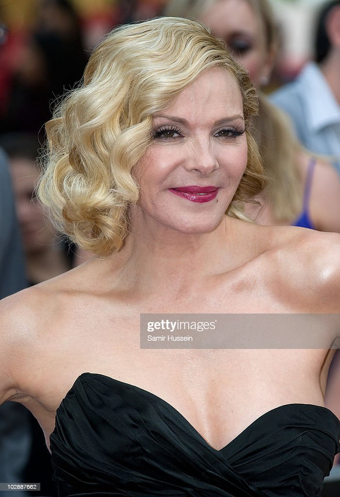 Kim Cattrall attends the UK premiere of 'Sex and the City 2' at Odeon Leicester Square on May 27, 2010 in London, England.