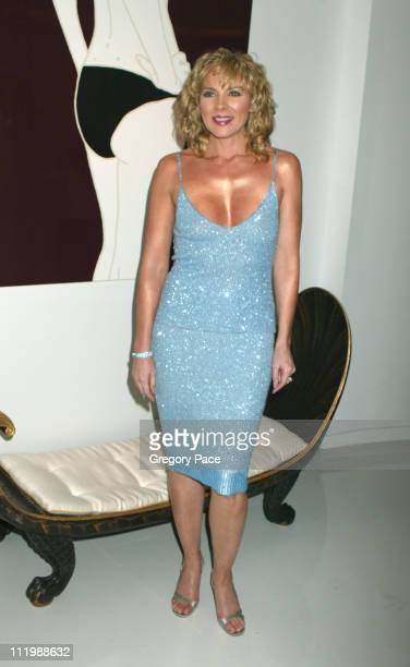 Kim Cattrall during Kim Cattrall Hosts the Opening of an Extraordinary Jewelry Exhibition 'Fabulous Flowers' at Ingrao Gallery in New York City New...