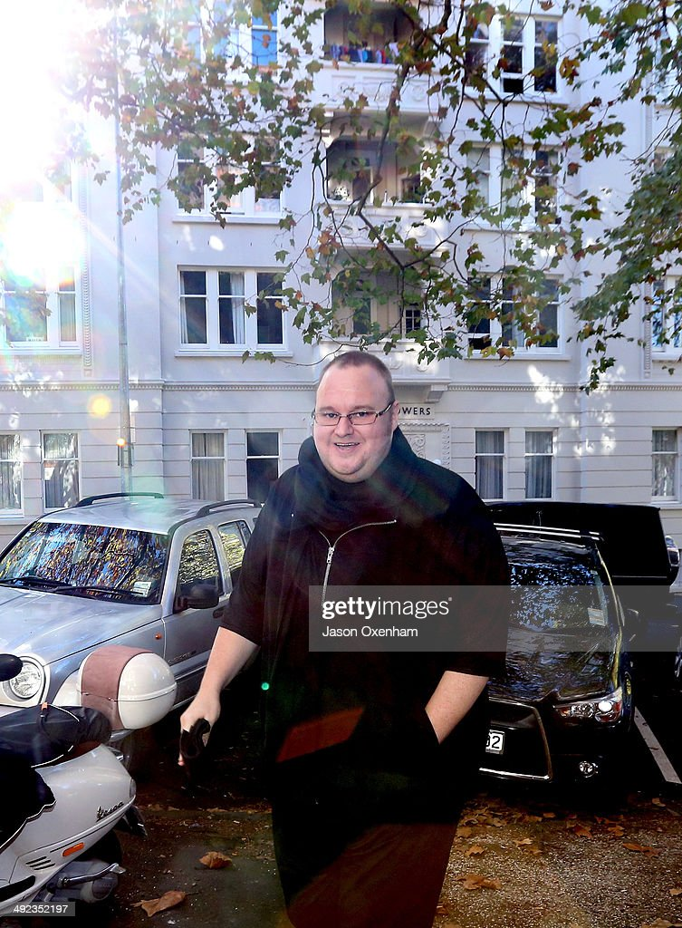 <a gi-track='captionPersonalityLinkClicked' href=/galleries/search?phrase=Kim+Dotcom&family=editorial&specificpeople=8806663 ng-click='$event.stopPropagation()'>Kim Dotcom</a> arrives back at Auckland High court after a lunch break on May 20, 2014 in Auckland, New Zealand. John Banks has been charged with filing a false electoral return after allegedly recording a donation for $25,000 from <a gi-track='captionPersonalityLinkClicked' href=/galleries/search?phrase=Kim+Dotcom&family=editorial&specificpeople=8806663 ng-click='$event.stopPropagation()'>Kim Dotcom</a> and one $15,000 donation from Sky city, as anonymous when he reportedly knew the source of the funds. Mr Banks could face two years in prison or an $NZ $10,000 fine if found guilty.