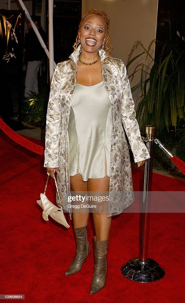 <a gi-track='captionPersonalityLinkClicked' href=/galleries/search?phrase=Kim+Fields&family=editorial&specificpeople=892096 ng-click='$event.stopPropagation()'>Kim Fields</a> during 'Ray' Los Angeles Premiere - Arrivals at Cinerama Dome in Hollywood, California, United States.