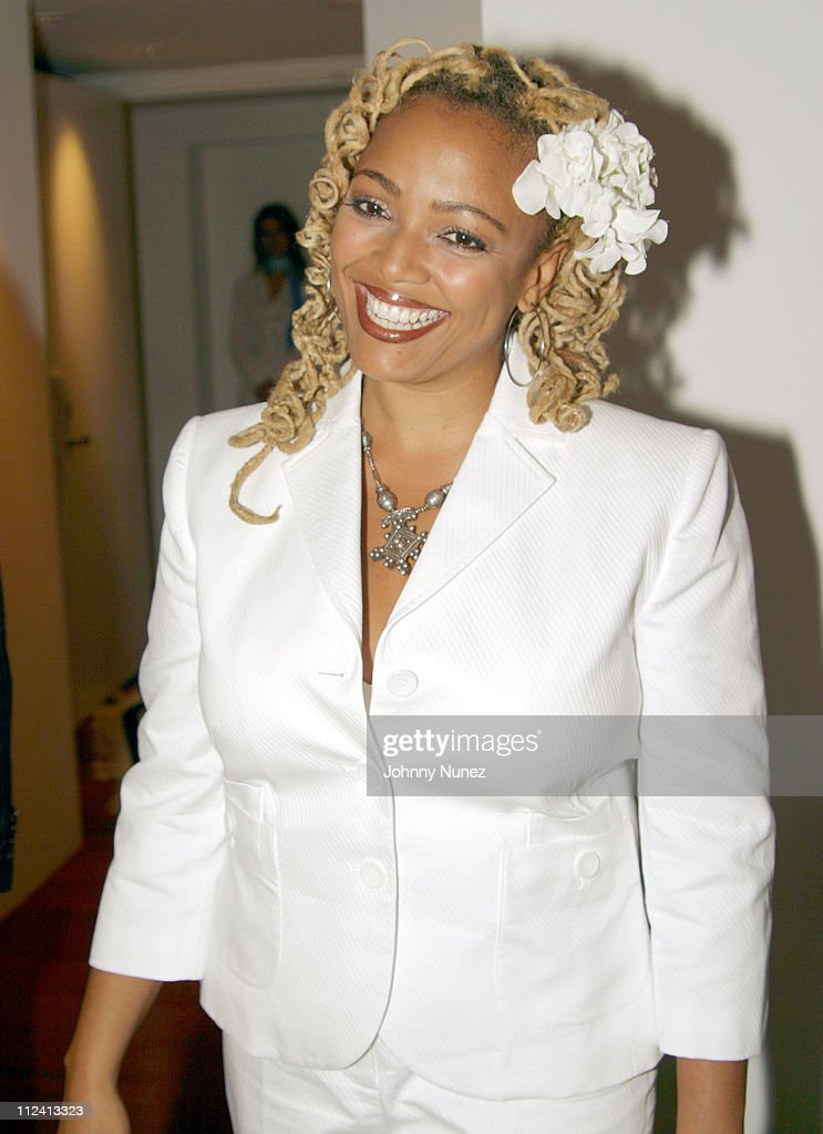 <a gi-track='captionPersonalityLinkClicked' href=/galleries/search?phrase=Kim+Fields&family=editorial&specificpeople=892096 ng-click='$event.stopPropagation()'>Kim Fields</a> during TCI Country Presentation and Reception at Tribeca Luxury Loft in New York City, New York, United States.