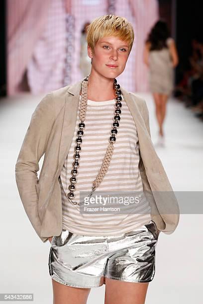 Kim Hnizdo walks the runway at the Riani show during the MercedesBenz Fashion Week Berlin Spring/Summer 2017 at Erika Hess Eisstadion on June 28 2016...