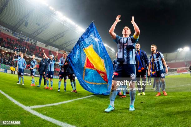 Kim Kallstrom of Djurgardens IF celebrates after the victory during the allsvenskan match between Kalmar FF and Djurgarden IF at Guldfageln Arena on...
