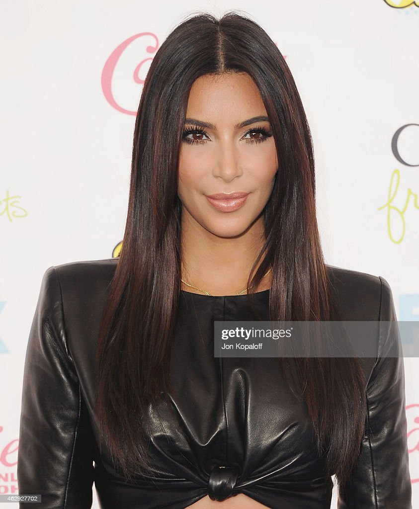 <a gi-track='captionPersonalityLinkClicked' href=/galleries/search?phrase=Kim+Kardashian&family=editorial&specificpeople=753387 ng-click='$event.stopPropagation()'>Kim Kardashian</a> arrives at the 2014 Teen Choice Awards at The Shrine Auditorium on August 10, 2014 in Los Angeles, California.
