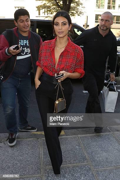Kim Kardashian arrives at the 'Art District' apartments on September 25 2014 in Paris France